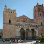 {{de|Italien, Sizilien, Monreale, Kathedrale Santa Maria Nuova }} {{en|Italy, Sicily, Monreale, Cathedral}}